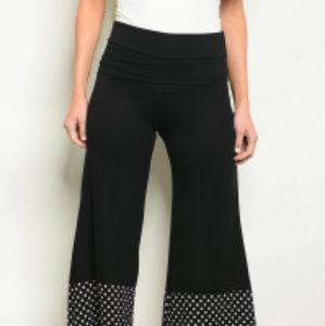 Pants - FLARED CAPRI